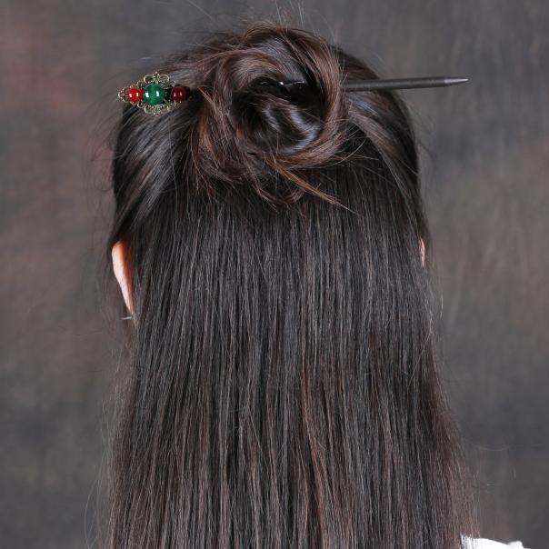 穿汉服梳什么发型