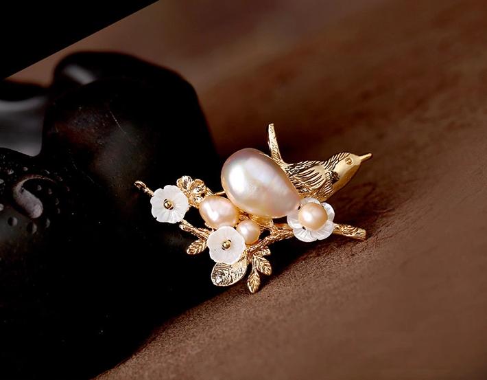 优雅大气珍珠贝壳花别针胸针饰品